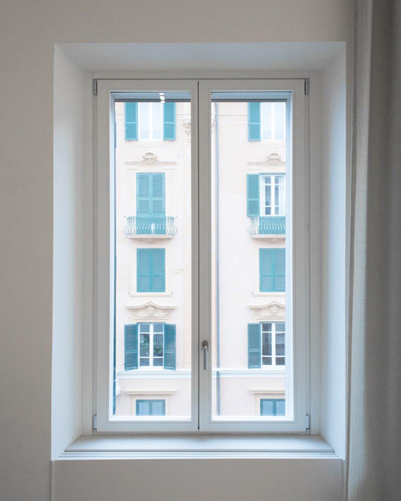 alba-finestra-legno-falchetti-serramenti-woodstyle-roma