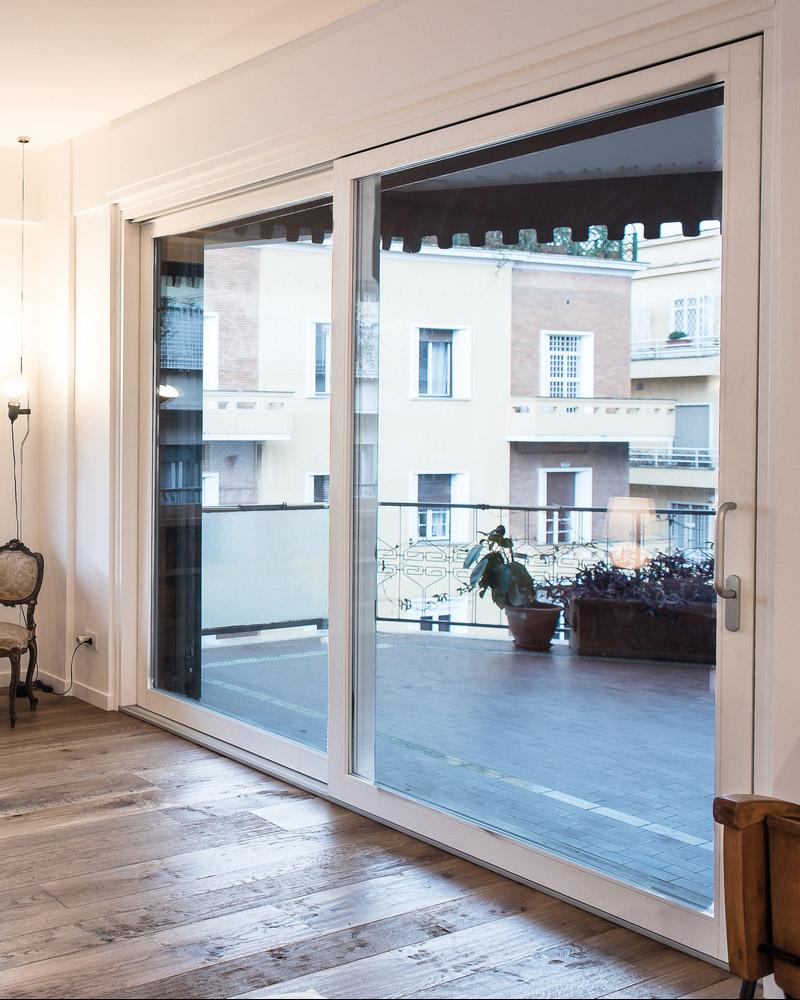 keilai-finestra-scorrevole-legno-falchetti-serramenti-woodstyle